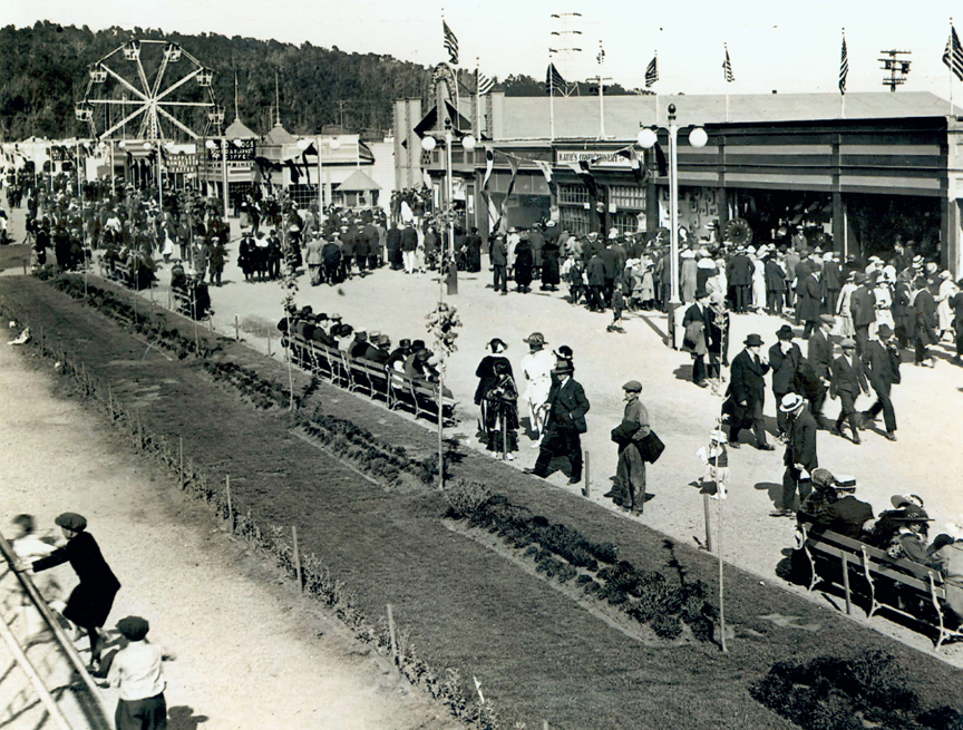 Crowds enjoy Pacific City. (Click to enlarge.)