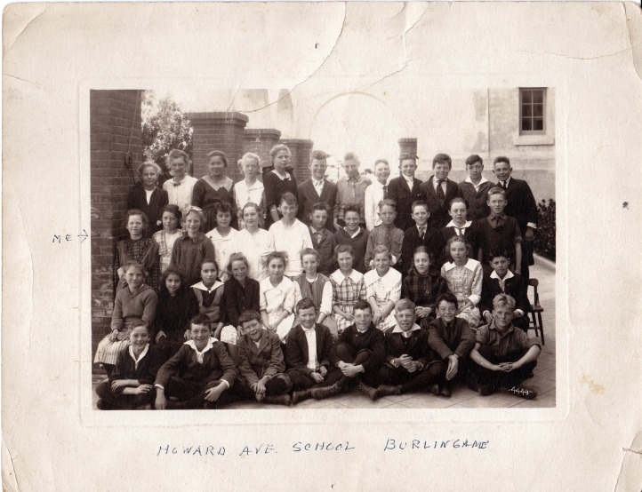 Howard Avenue School class 1921