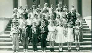 Class photo sometime in the 1950's.